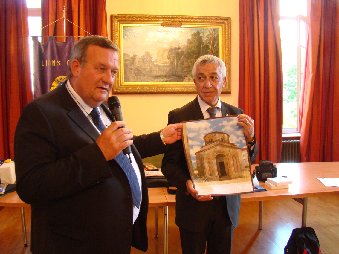 Jumelage des Lions Club : de g. à d., Fabiano Barbisan, Jean-Pierre Sanz